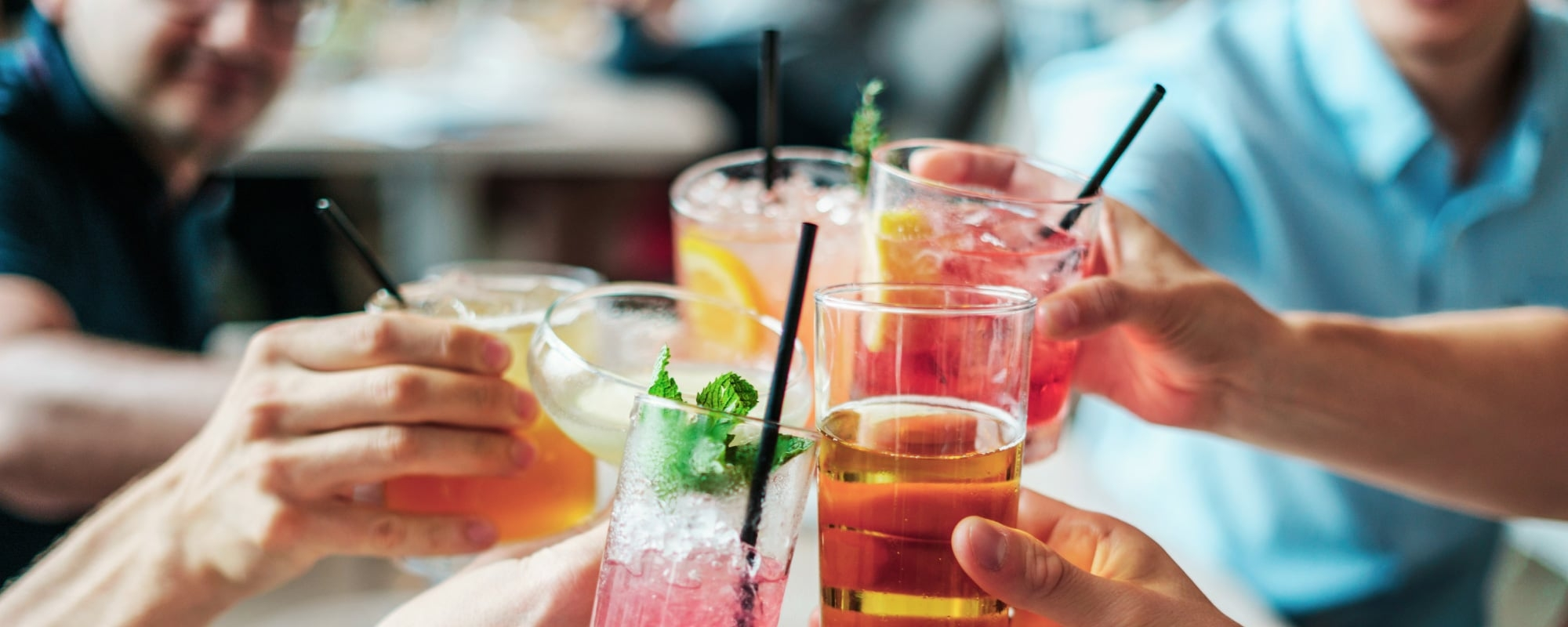 Bars, Wine Bars and Night Clubs in Palm Springs